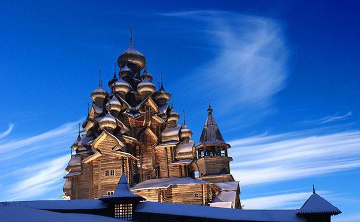 Veličastna ruska lepotica,